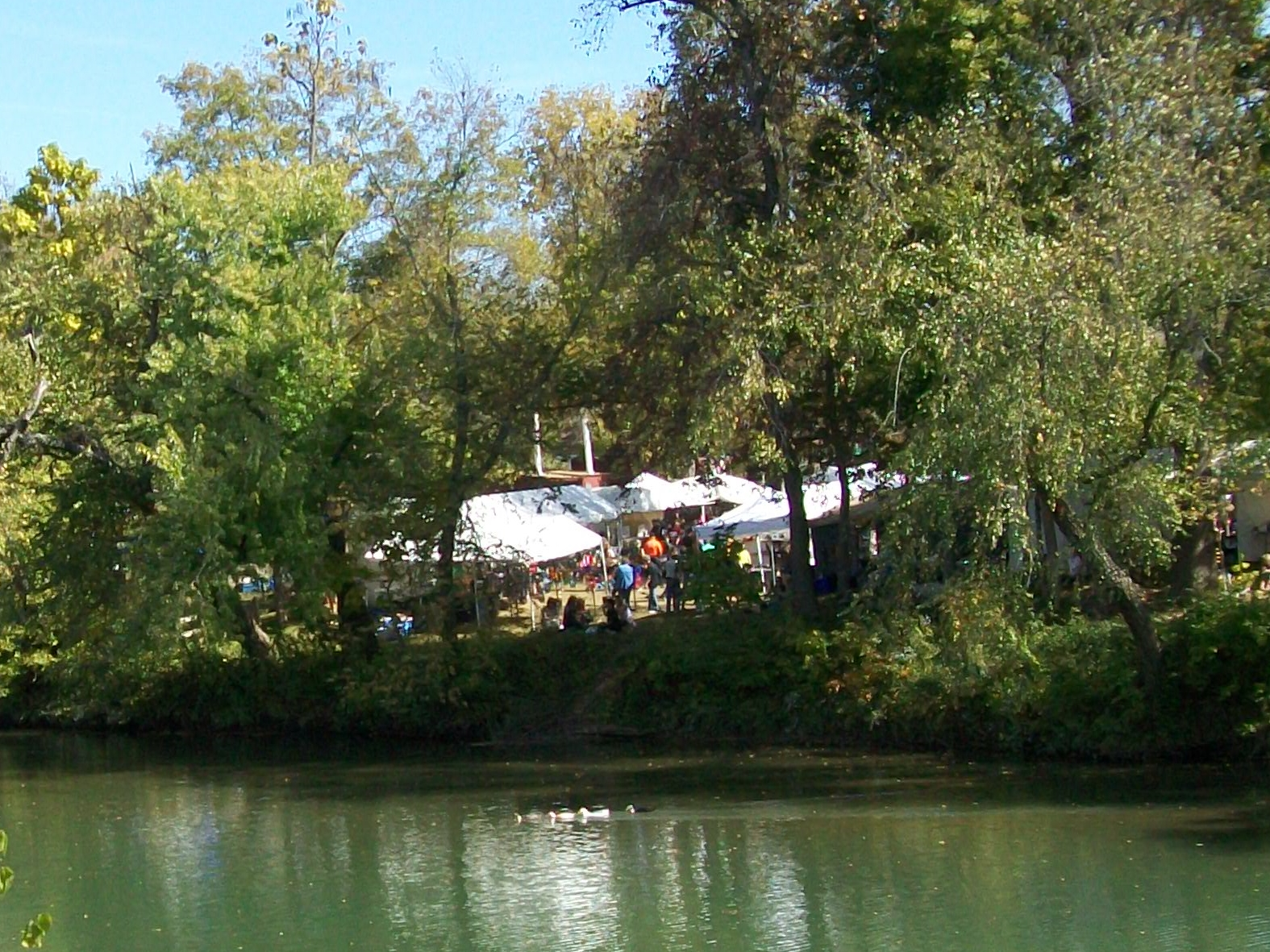 War Eagle Mill Craft Fair... Side Stay at Cute Little Cottage Rogers AR.
